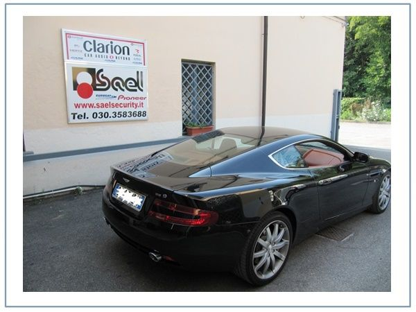 antifurto satellitare aston martin db9