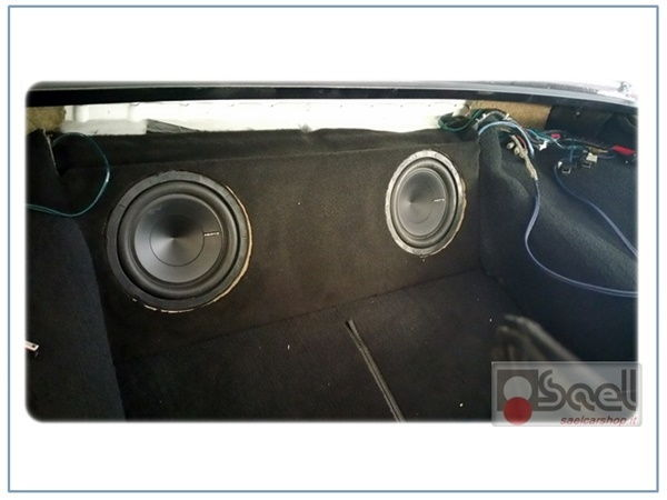 chevrolet corvette impianto audio